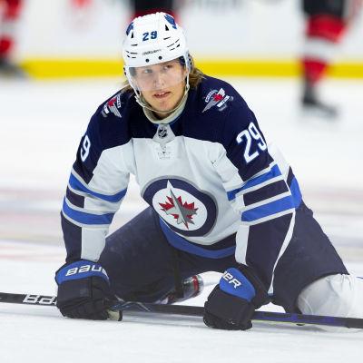 Om säsongen fortsätter kan Patrik Laines Winnipeg, som befinner sig på slutspelsplats, ändå ha gjort sitt för säsongen.