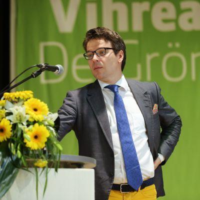 De grönas ordförande Ville Niinistö på partiets kongress i Jämsä den 6 juni.