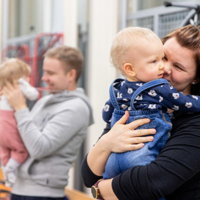 Vauvoja vauvatreffeillä Laitilassa
