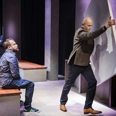 Foto från Art på Svenska Teatern.