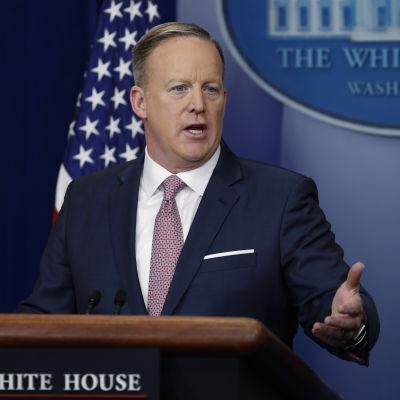 Sean Spicer, Vita husets pressekreterare