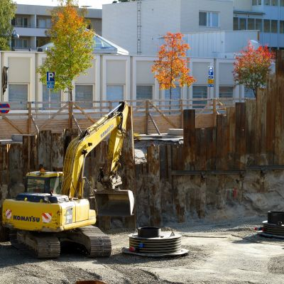 Byggplats i centrum av Jakobstad.