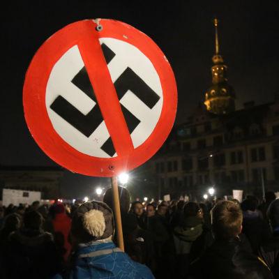 Demonstration mot Pegida i Dresden.
