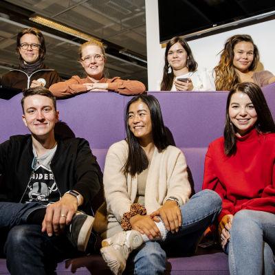 Kuvassa on Yle Mixin toimitus marraskuussa 2020.