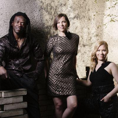 Trion Afrotysonia. Från vänster Macoumba Ndiaye, Sonja Korkman och Aino Kurki.