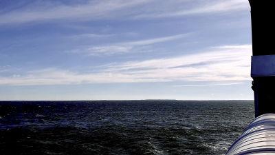 Havet utanför Dagö är tomt på vindkraftverk eftersom lokalbefolkningen lyckades stoppa utvecklingen av en vindkraftspark utanför ön.