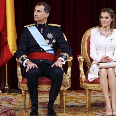 Spaniens kung Felipe och drottning Letizia.