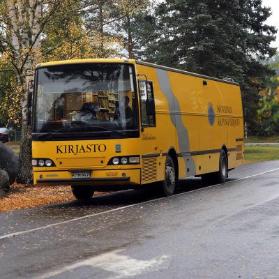 Savonlinnan kirjastoauto Käkriäinen
