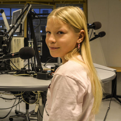 Erin Johansson i Yle Östnylands studio