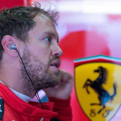 Sebastian Vettel formel 1-depån.