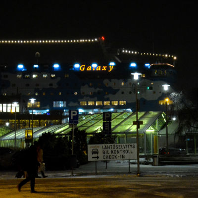 Tallink Siljas Galaxy i Åbo hamn.