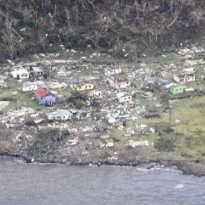 Ilmakuva Fijin tuhoista.