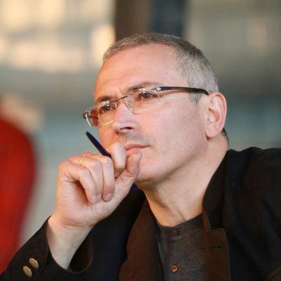 Michail Chodorkovskij under ett besök i Donetsk i östra Ukraina i april 2014.