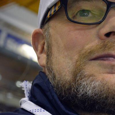 Risto Dufva on Jukureiden ensimmäinen valmentaja liigatasolla.