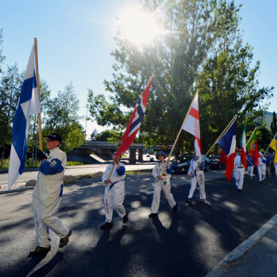 Inledningsparad för U19-EM i fotboll för herrar i Vasa.