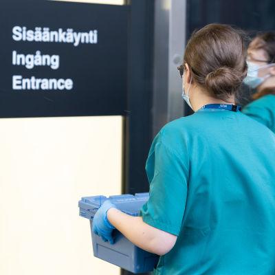 Koronarokotteet saapuvat HUS:sin Uuteen Lastensiraalaan sunnuntaina 27.12.2020.