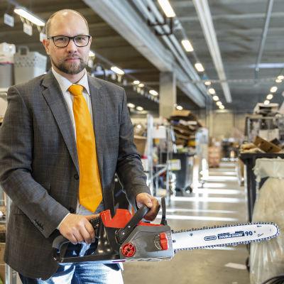 laatupäällikkö Mikko Kalmi, Tokmanni