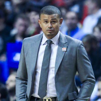 Earl Watson arbetade som tränare för Phoenix Suns.