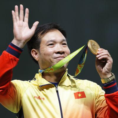 Hoang Xuan Vinh tog Vietnams första OS-guld någonsin.