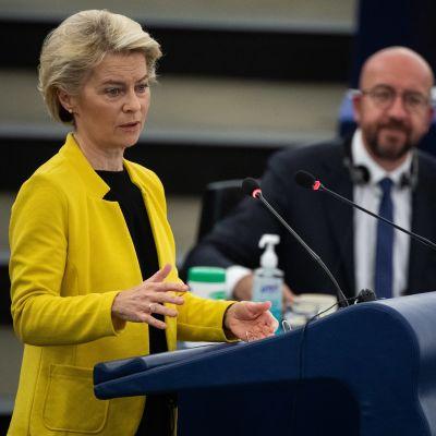 EU-komission puheenjohtaja Ursula von der Leyen Strasbourgissa 7. heinäkuuta 2021.