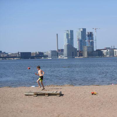 Stenuddens badstrand i Helsingfors.