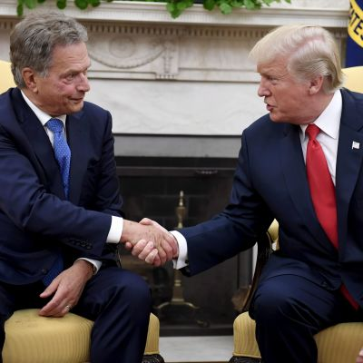 Sauli Niinistö och Donald Trump.
