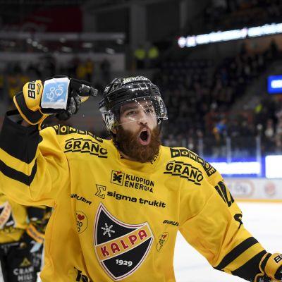 Jerry D'Amigo gjorde 3-1 målet för KalPa i Tammerfors.