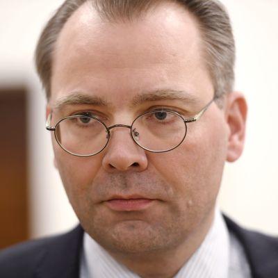 Försvarsminister Jussi Niinistö i riksdagen den 1 februari 2017