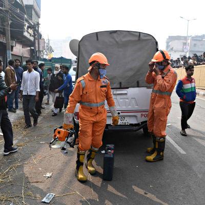 Anaj Mandin alueella New Delhissä syttyi tuhoisa tulipalo 8. joulukuuta 2019.