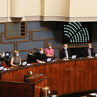 Sosiaali- ja terveyspalvelu-uudistus eli sote hyväksyttiin eduskunnassa äänin 105-77 eduskunnan täysistunnossa Helsingissä 23. kesäkuuta 2021, jossa eduskunta äänesti laajalla kokoonpanolla sote-uudistuksen hyväksymisestä.