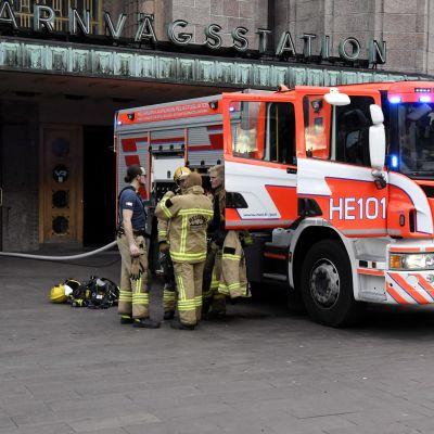 Brand i järnvägsstationen i Helsingfors centrum den 6.9.2017.