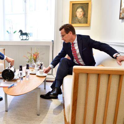 Talman Andreas Norlén och Moderaternas ledare Ulf Kristersson
