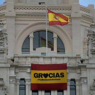 """""""Gracias"""" - Tack. Jag stannar hemma. Madrid 23.3.2020"""