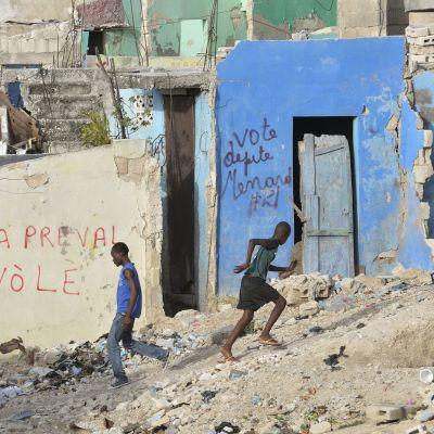 Miksi avustusmiljardit eivät nostaneet Haitia jaloilleen?
