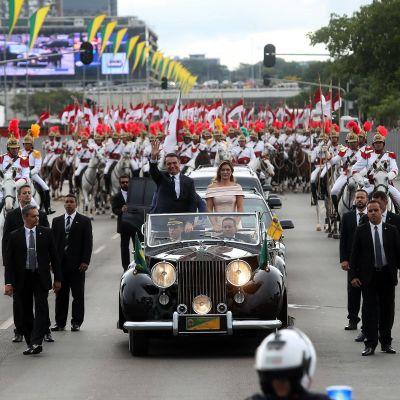 Presidentparet Bolsonaro då Jair Bolsonaro tillträdde som Brasiliens president på nyårsdagen 2019.