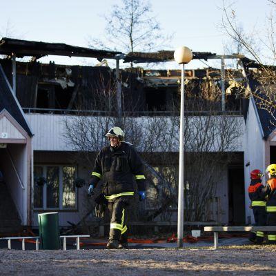 Det brandskadade lofthuset i Skomakarböle
