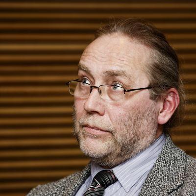 Sannfinländarnas tidigare riksdagsledamot James Hirvisaari.