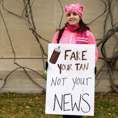 Protest mot falska nyheter