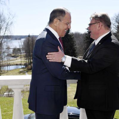 Sergej Lavrov och Timo Soini på Haiko gård 4.5.2017