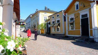 Mellangatan i gamla stan i Brogå