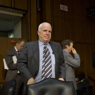 Republikanen John Mccain efter omröstningen