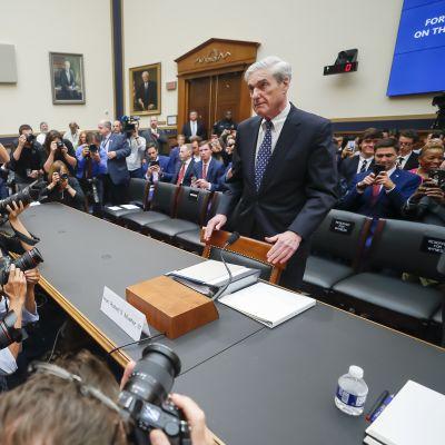 Robert Mueller i kongressförhör.