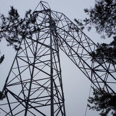 Voimalinja kaatui Naantalin Rymättylässä 12.1.2021