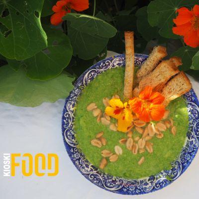 Vihreä keitto ja leipätikut