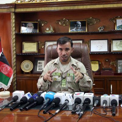 Arkivbild på poliskommendör Abdul Raziq i Kandahar. Bilden tagen den 13 maj 2018.
