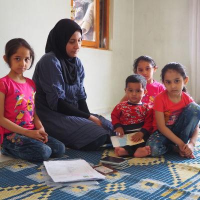 Sabah och barnen ska lämna in en ansökan för att få komma till Finland.