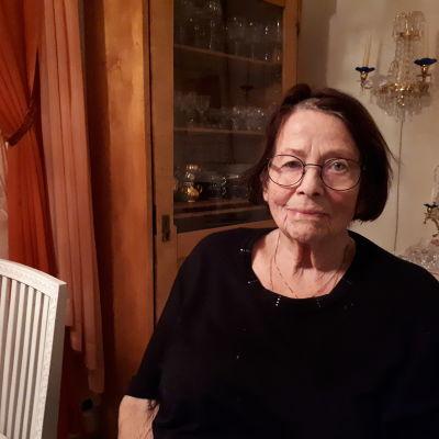 Gunhild Hagen i Jakobstad är synskadad