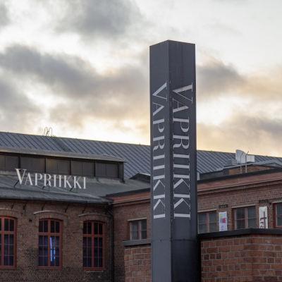 Tampereen museokeskus Vapriikin kyltti