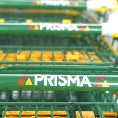 Butikskärror i en Prismaaffär