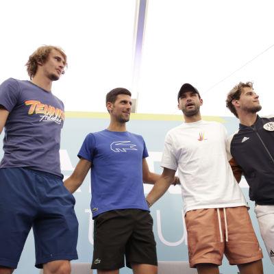 Alexander Zverev, Novak Djokovic, Grigor Dimitrov och Dominic Thiem i Belgrad under välgörenhetsturnering.